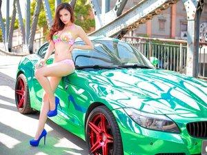 安卓美女 模特 车模 宝马Z4 酷车 比基尼 美腿 美胸 改联网 项曦莹手机壁纸