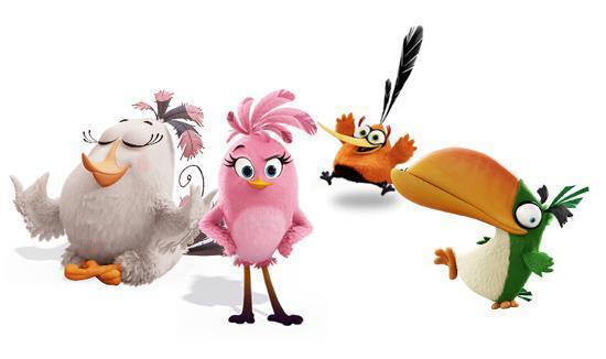 说起来,在电影《愤怒的小鸟》中参与过夺蛋大战,且在片中露过一手的角色远不止上面几位,像是白姐姐、长嘴绿、泡泡橙以及史黛拉都在和绿猪的交战中,展现过自己过人的身手。 此外,胖红最后救出的三胞胎蓝色小鸟更是萌住了大批观众。这三只小鸟其实在经典的《愤怒的小鸟》中便有亮眼的表现,并因其分裂能力而广为人知。另外,从影片彩蛋来看,三只小蓝鸟极有可能在电影续作中担纲重要角色!也许在游戏的开发计划中,便有这些角色的出场安排。这里就让我们继续期待吧!